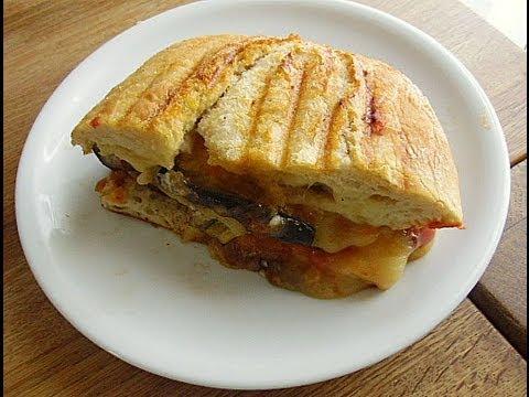 vegetarisches sandwich toast canans rezepte. Black Bedroom Furniture Sets. Home Design Ideas