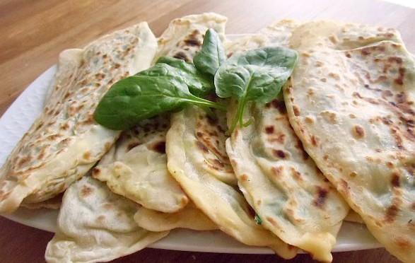Gözleme türkischer Pfannenbörek